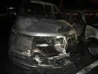 У Полтаві невідомі спалили 3 автомобіля біля будинку